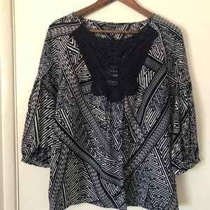 Adriana Papell Embroidered Top. 3/4 Sleeve
